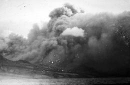 Pyroclastic flow, Mont Pelée, 1902
